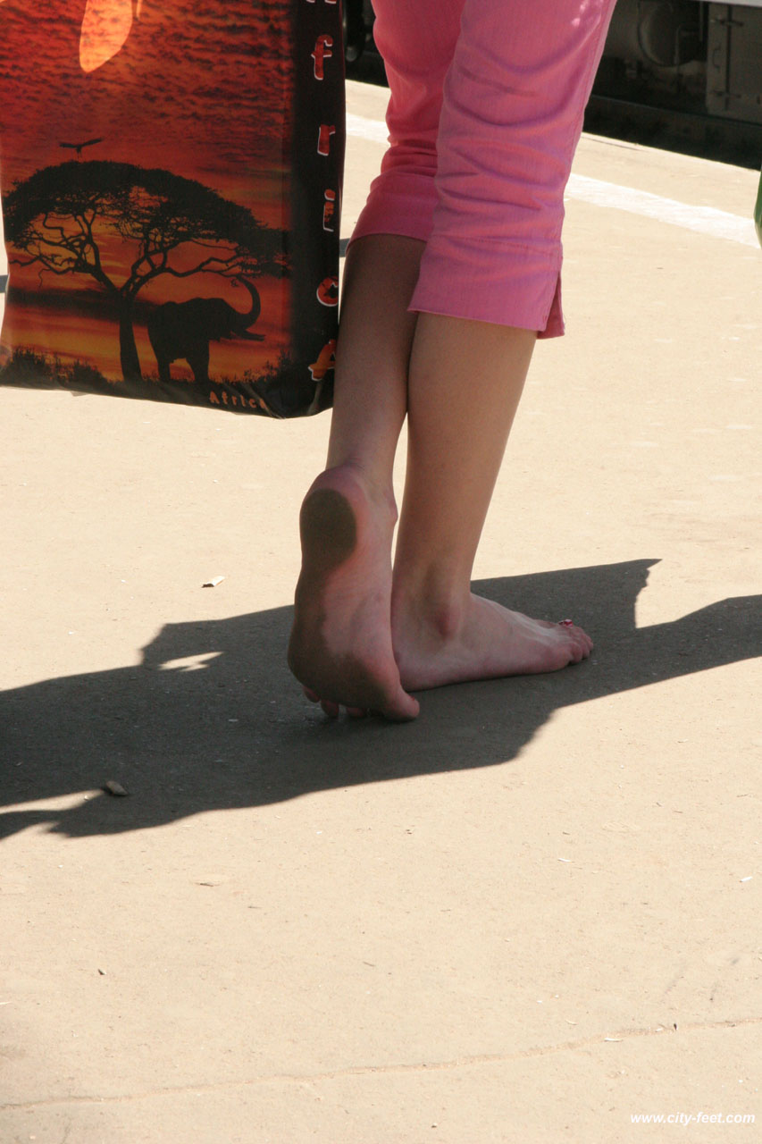 Сайт о грязных женских ножках 2 фотография